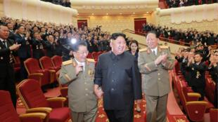 Kim Jong Un trong buổi lễ mừng thành công của các nhà khoa học Bắc Triều Tiên về chế tạo bom H. Ảnh của KCNA ngày 10/09/2017.