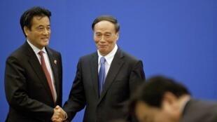 中日兩國2010年第三輪經濟高層對話8月28日在北京結束,中方為首的副總理王岐山與日方為首的外相岡田克