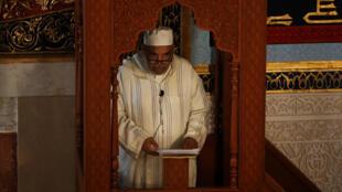 L'imam Omar el-Faruk a tenu un culte à la mosquée de Malaga (sud de l'Espagne), ce 18 août, pour condamner les attaques qui ont frappé la Catalogne.