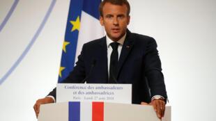 Tổng thống Pháp Emmanuel Macron phát biểu tại Hội nghị các đại sứ Pháp tại điện Élysée, ngày 27/08/2018.