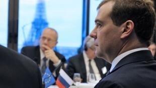 Дмитрий Медведев на обеде в MEDEF 27/11/2012