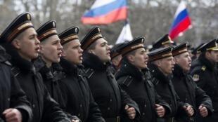 República da Crimeia e a cidade de Sebastopol comemoram 1° aniversário de anexação pela Rússia.