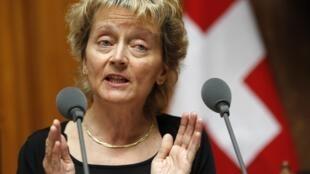 Eveline Widmer-Schlumpf, ministre des Finances de la Suisse, lors du débat parlementaire sur la loi «Lex USA» liquidant le contentieux fiscal entre banques suisses et administration US.