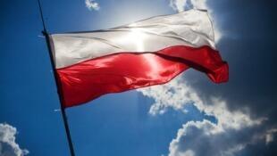 图为波兰国旗