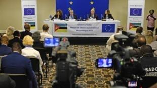 Missão de observação da União Europeia durante a apresentação da sua avaliação do escrutínio moçambicano, em Maputo neste dia 17 de Outubro de 2019.