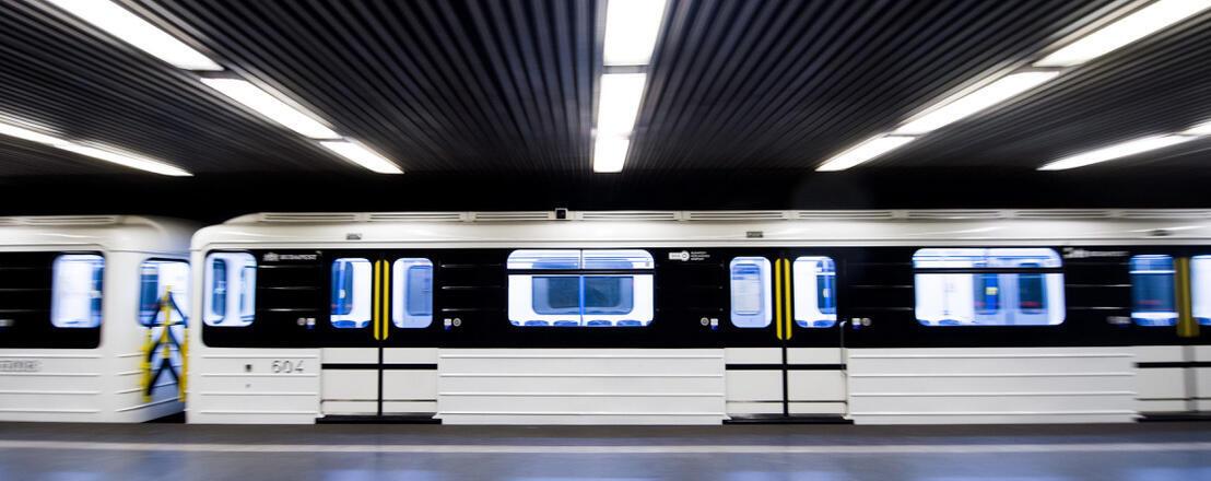 Une rame rénovée de la ligne 3 de Budapest.