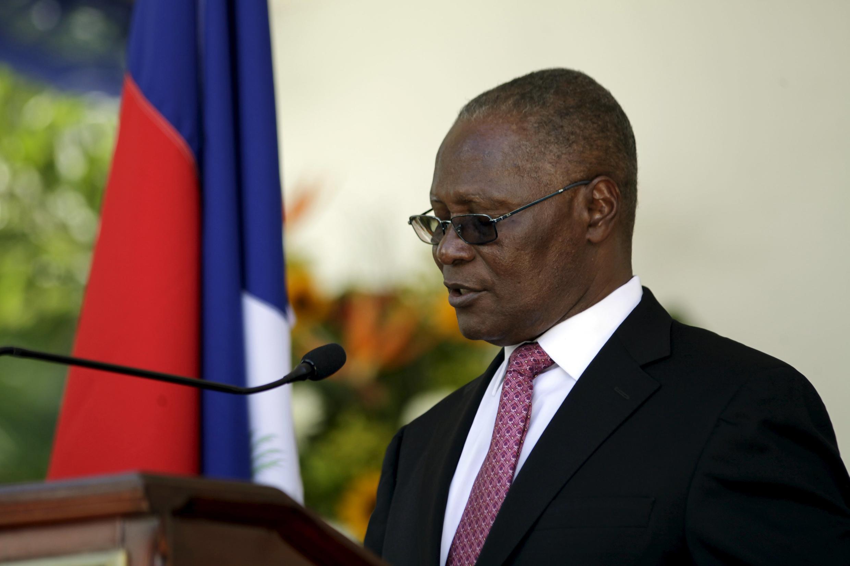 Le président haïtien par intérim, Jocelerme Privert, le 28 mars 2016.