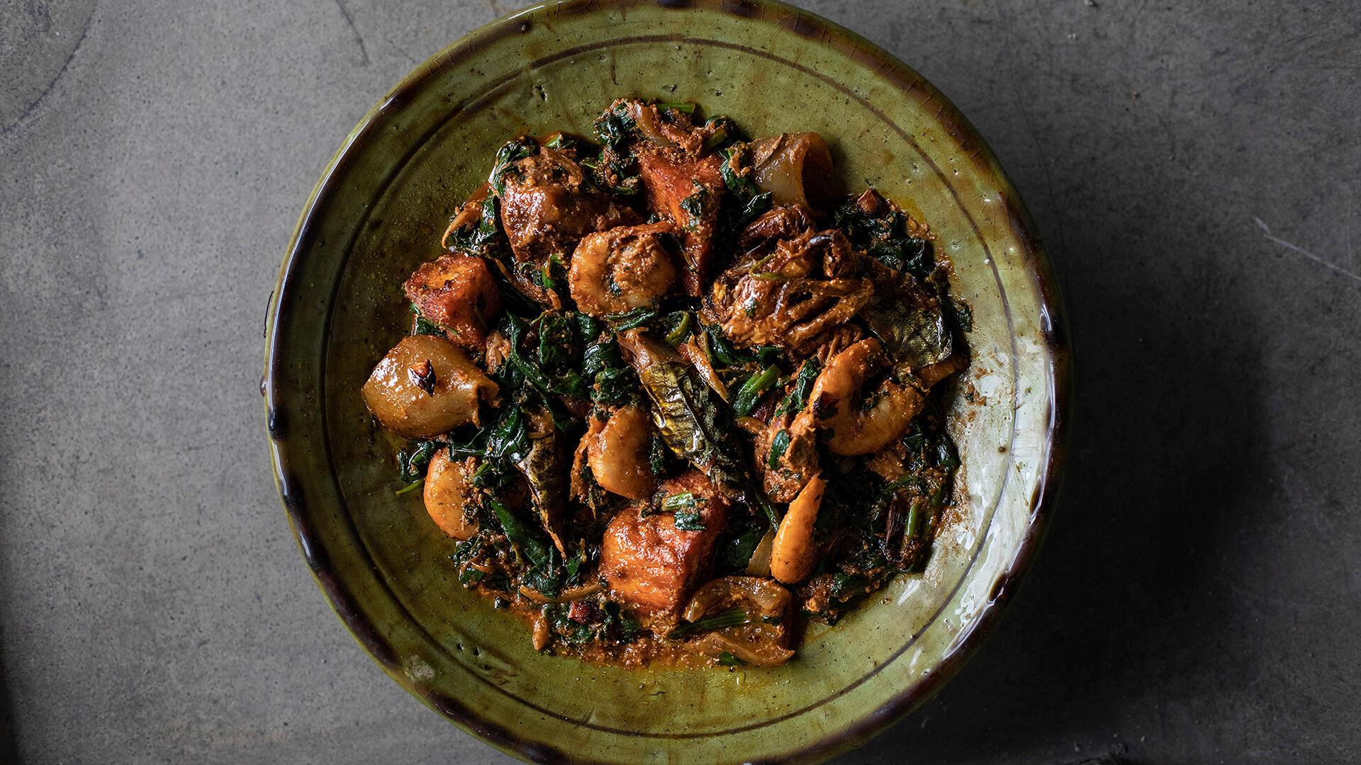 Mantindjan, reine des sauces feuilles, Le goût de Cotonou de Georgiana Viou