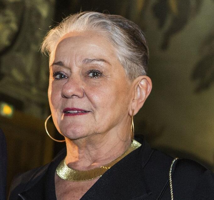 Lélia Warnick Salgado.
