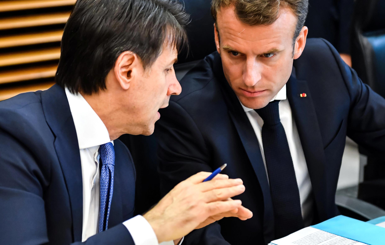 Le chef du gouvernement italien Giuseppe Conte et le président français Emmanuel Macron à Bruxelles, le 24 juin 2018.