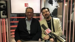 RFI's David Coffey with Larry Sanders, older brother of potential US Democratic candidate for the US presidency 2020, Bernie Sanders at RFI studios.