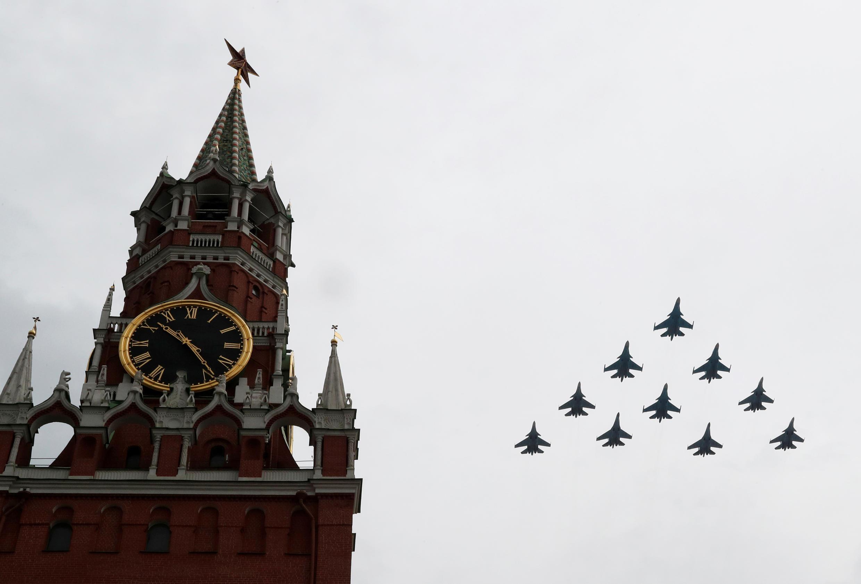 В Москве прошла репетиция авиапарада ко Дню Победы.