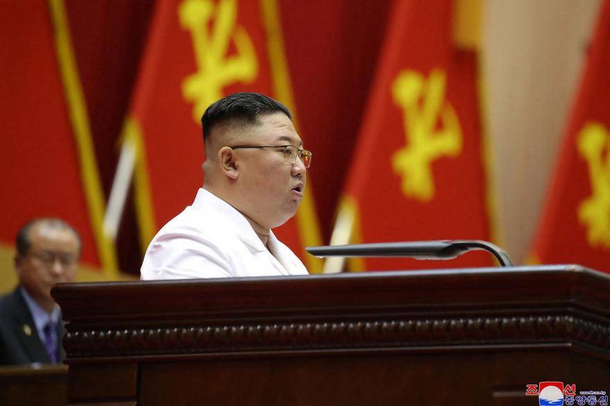 1409216-le-leader-nord-coreen-kim-jong-un-le-9-avril-2021