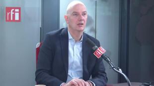 Roland Lescure, député La République en Marche, président de la commission des affaires économiques à l'Assemblée nationale sur RFI (image d'illustration).