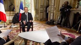 法國總統奧朗德接受本台專訪(2013年5月31日)