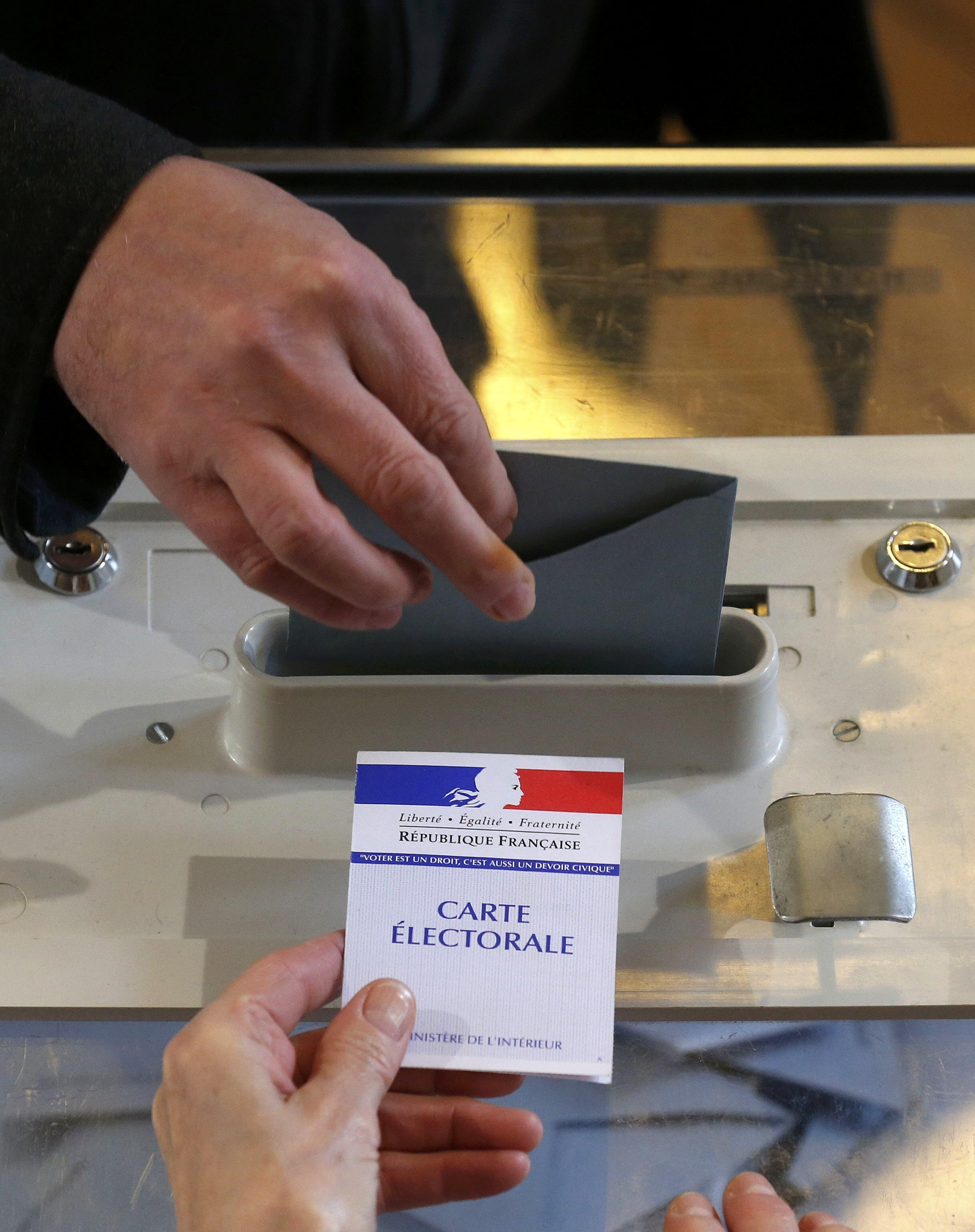 Primeira volta das eleições regionais em França 5/12/2015