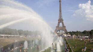 Onda de calor invade a França e deve durar toda a semana.