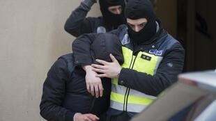 La police espagnole a opéré une vaste opération d'arrestation dans les milieux jihadistes, ici à Melilla, le 16 décembre 2014.