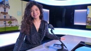 Ana Carla Maza en el Estudio 1 de RFI