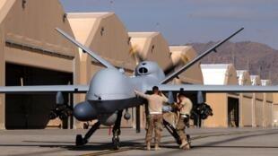 Des militaires américains prépare un drone Reaper de l'US Air Force sur la base de Kandahar, en Afghanistan (illustration).