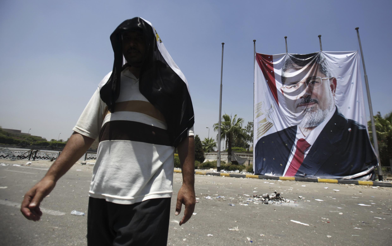 Les partisans de l'ancien président Mohamed Morsi poursuivent leur mouvement de contestation.