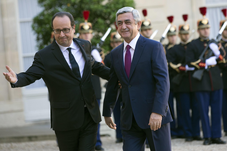 Франсуа Оллнад встречает президента Армении Сержа Саргсяна в Елисейском дворце 27 октября 2014.