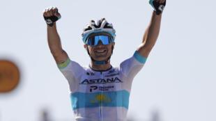 Le Kazakh Alexey Lutsenko vainqueur au Mont Aigoual, le 3 septembre 2020 sur les routes du Tour de France