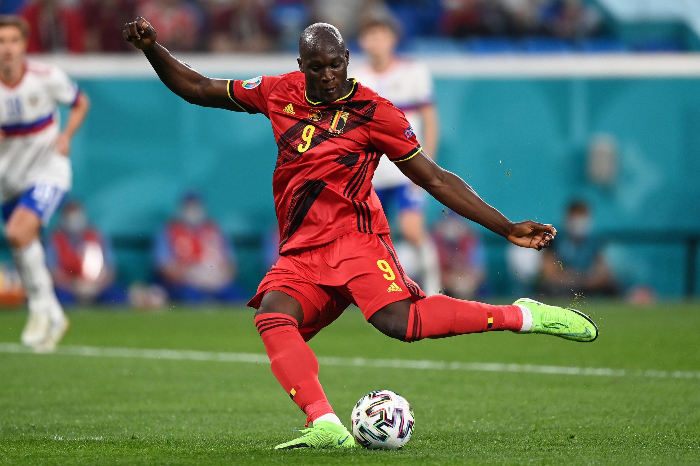 L'attaquant belge Romelu Lukaku auteur d'un doublé lors du match de groupes de l'Euro contre la Russie, à Saint-Pétersbourg, le 12 juin 2021