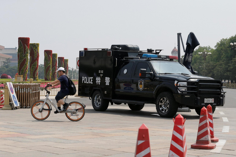 Barreira policial na Praça Tiananmen em Pequim, China, 4 de junho de 2019.