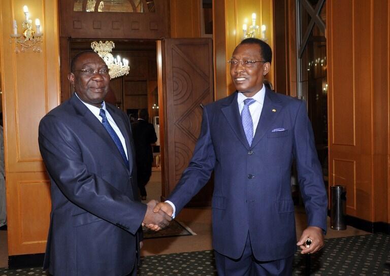 Le président tchadien Idriss Déby Itno (d.) et le président de la transition centrafricaine Michel Djotodia, le 14 mai 2013 à Ndjamena. Pour Gervais Lakosso, c'est sur le plan diplomatique que tout doit se jouer.