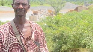 Yaya Konaré, paysan de Yélékébougou, a été exproprié de son champ en mai 2010.