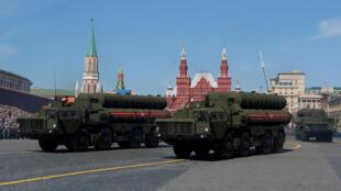 Misiles S-400 en la Plaza Roja, Moscú, durante el desfile del Día de la Victoria, el 9 de mayo de 2018.