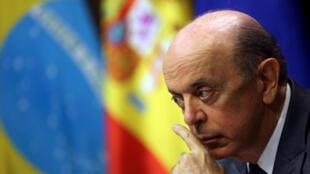 José Serra, em entrevista coletiva, em Madri, nesta quarta-feira (23/11).