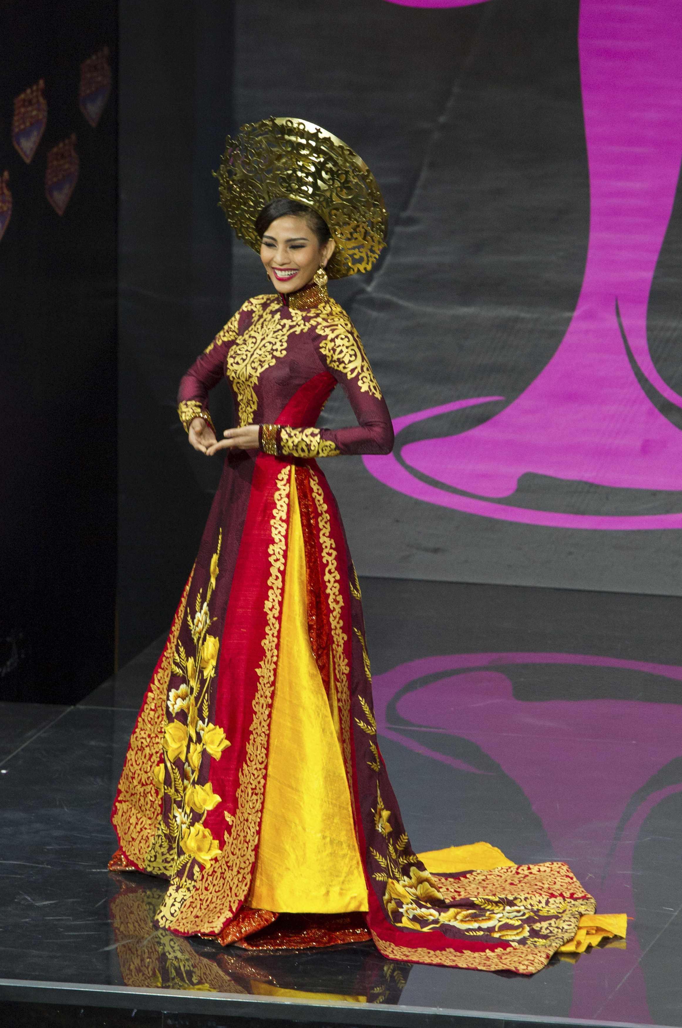 Trương Thị May, thí sinh Việt Nam tham dự cuộc thi Hoa hậu Hoàn vũ 2013 tại Matxcơva, Nga, ngày 03/11/2013