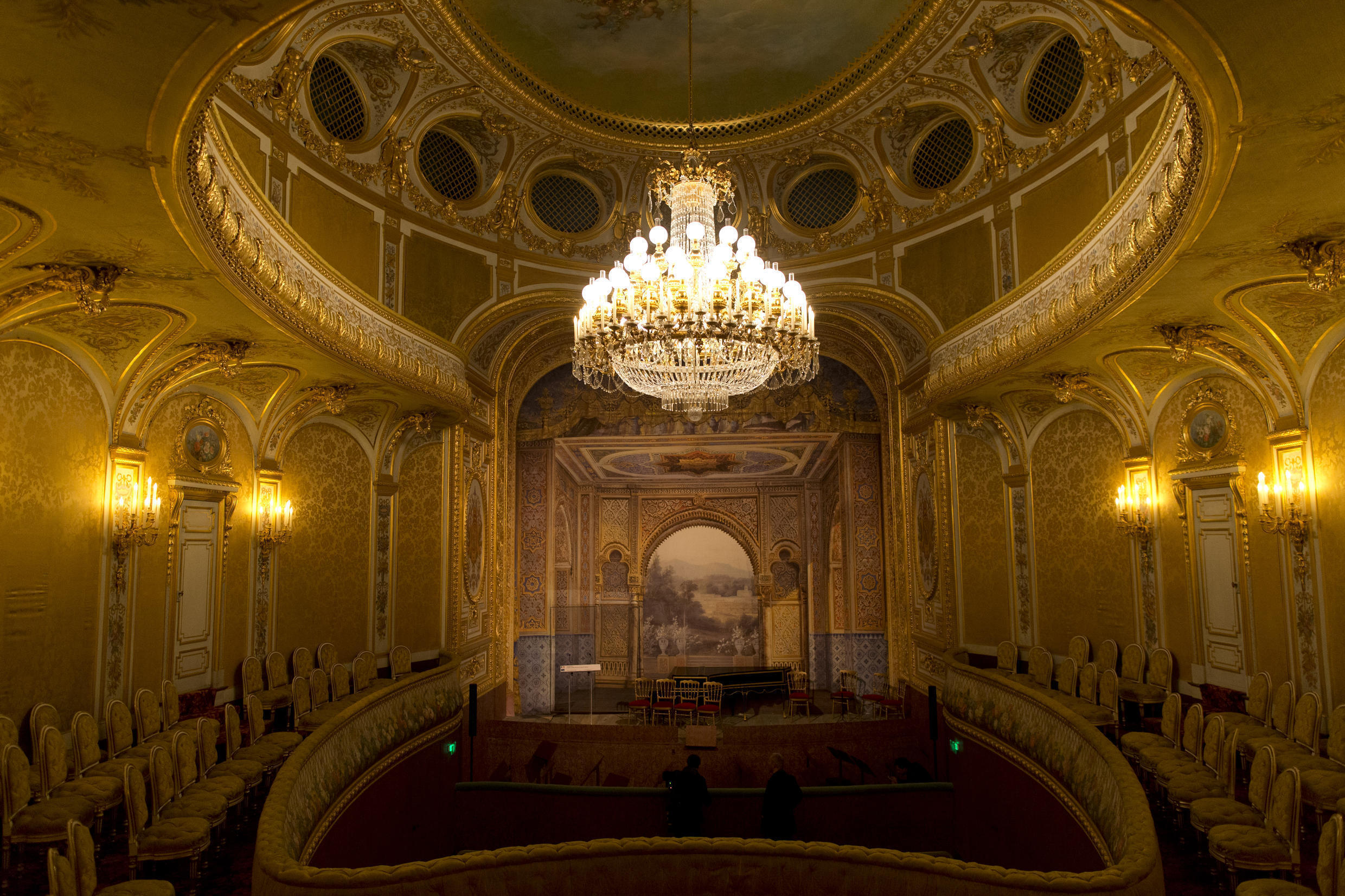 The Fontainebleau castle Imperial Theatre has been restored thanks to a gift by UAE ruler Cheikh Khalifa bin Zayed al Nahyan