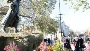 Церемония у памятника Жоржу Клемансо, 11 ноября 2013 года