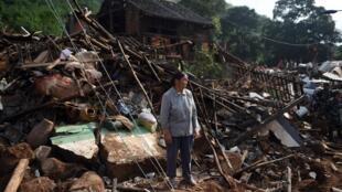Hai ngày sau trận động đất ở Vân Nam. Ảnh ngày 05/08/2014.