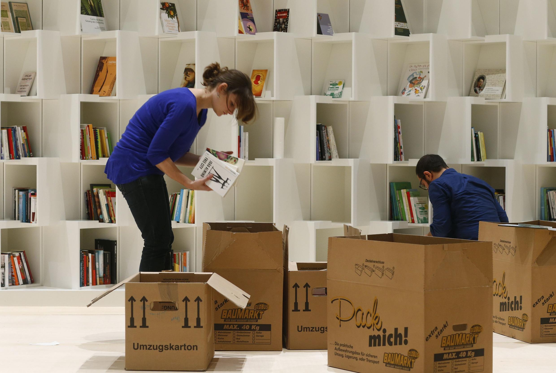 Chuẩn bị cho Hội chợ sách quốc tế Frankfurt ngày 7/10/2013