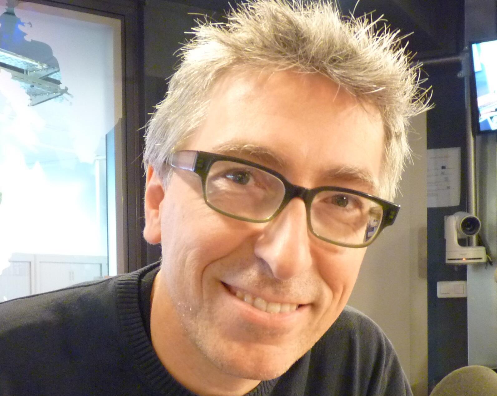 El escritor y cineasta español David Trueba en los estudios de RFI