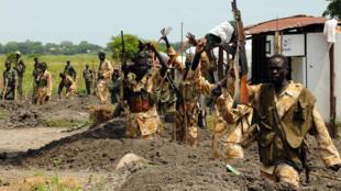 Les forces gouvernementales sud-soudanaises sont pointées du doigt dans le rapport de Human Rights Watch.