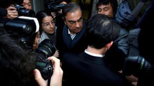 Carlos Ghosn saiu da prisão em março, no Japão.