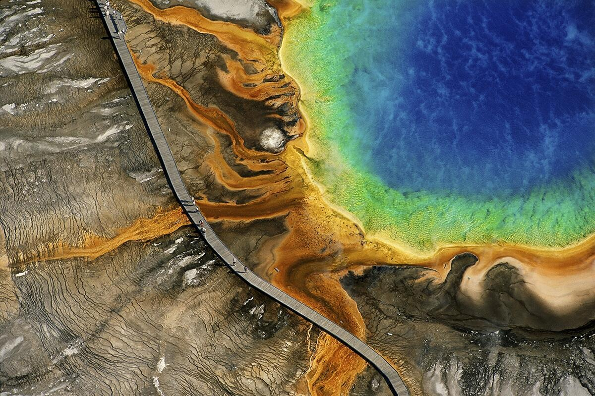 Grand Prismatic Spring, Yellowstone National Park, Wyoming, United States (44°31' N - 110°50' W)