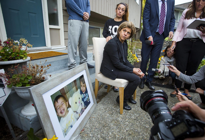 Tima Kurdi, soeur du père d'Aylan, lors d'une conférence de presse devant sa maison à Coquitlam, en Colombie britannique, le 3 septembre 2015.