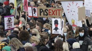 Pologne - manifestation - avortement - octobre 2020 - AP20302610863002