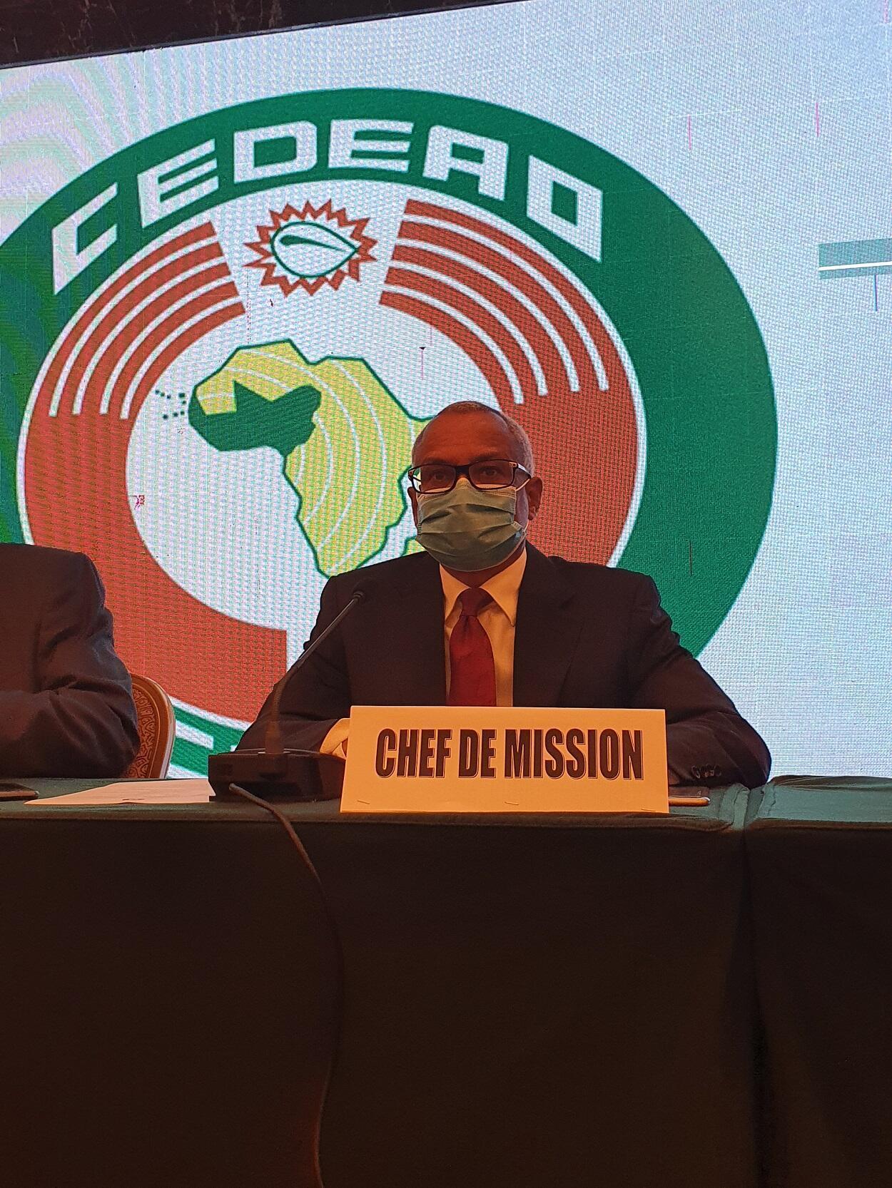 le Chef de la mission d'observation électoral, SEM Jose Maria NEVES
