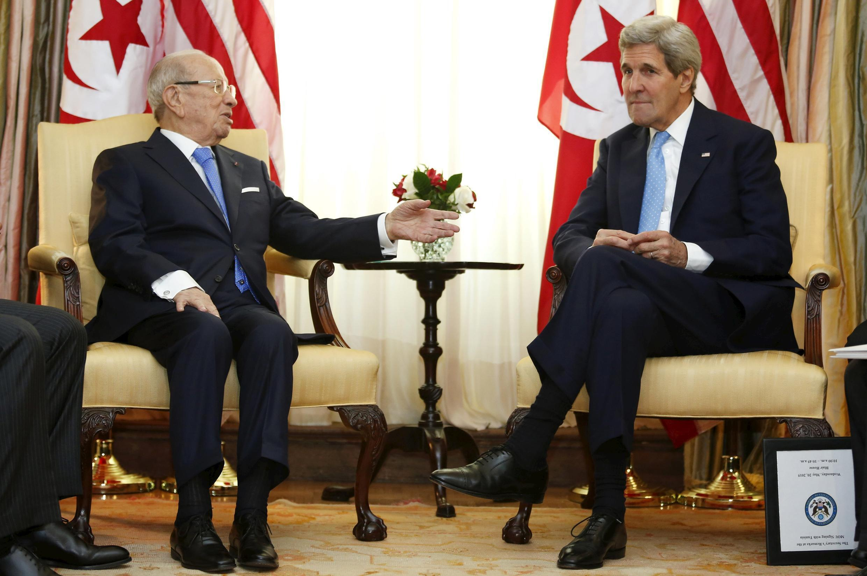 Le secrétaire d'Etat américain John Kerry et le président tunisien Beji Caïd Essebsi, le 20 mai 2015.