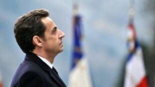 Distancé dans tous les sondages par François Hollande depuis des mois, Nicolas Sarkozy n'est jamais parvenu à combler l'écart.
