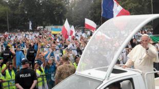Papa acolhido em Cracóvia pelos jovens, 28 de Julho de 2016