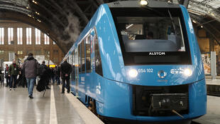 Alstom France head Jean-Baptiste Eymeoud said the trains are designed to run up to 600 kilometres (375 miles) on each hydrogen charge, and should begin service in 2025.