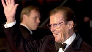 Roger Moore wato James Bond ya mutu yana da shekaru 89